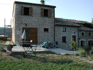 Le Marche Farm House for sale