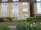 Ground Flat in South Bank, Surbiton, KT6