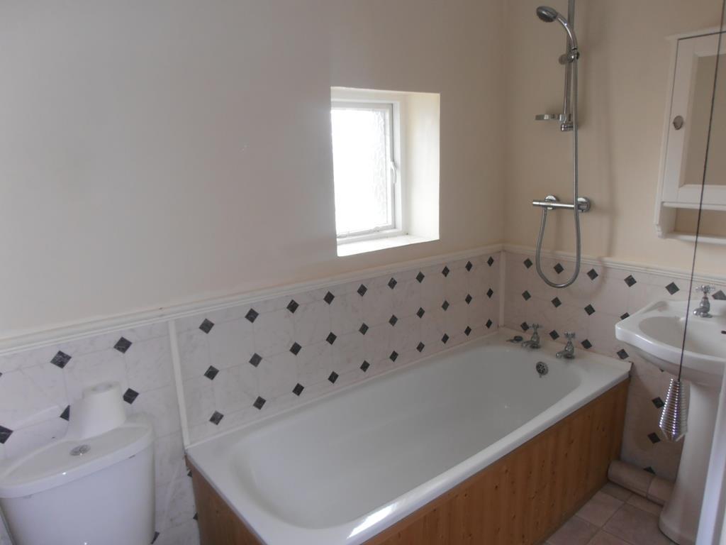 a-cardiffrd136.bath1