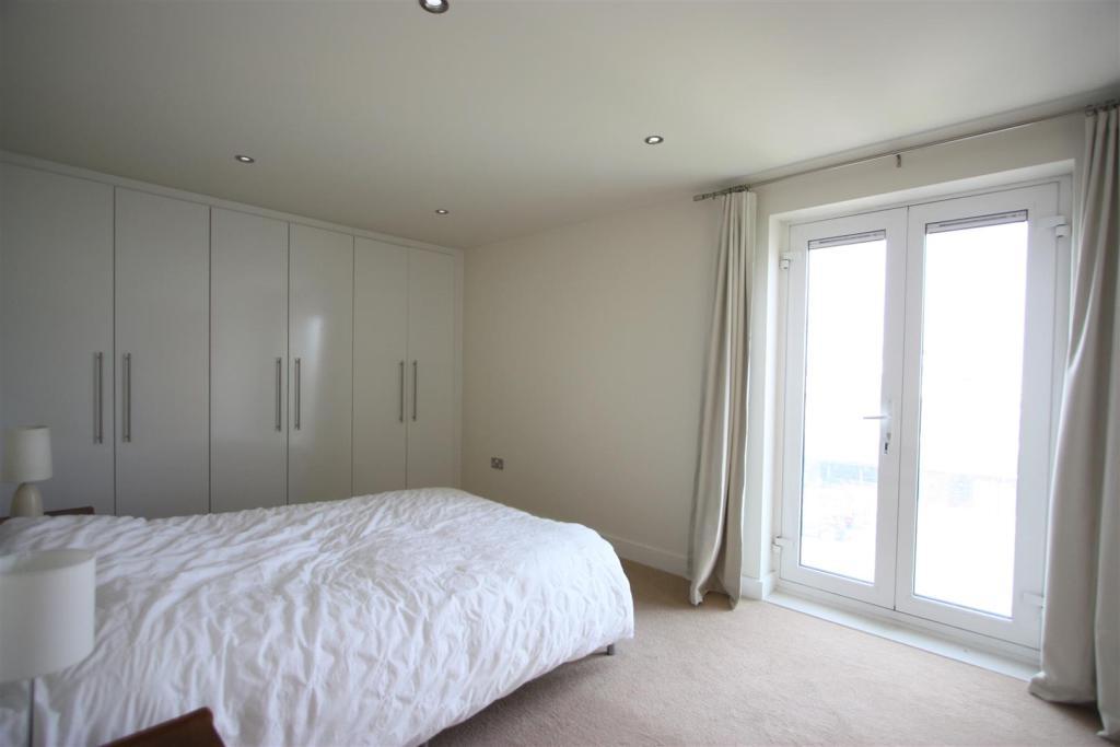 3 Whitewater Apartme