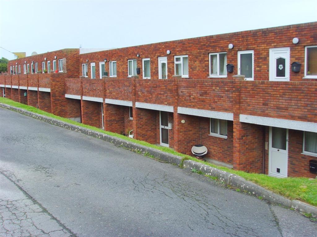 A3 Bay Apartments