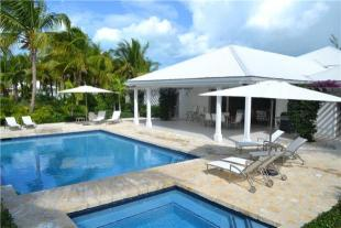 7 bed house for sale in Palm Point, North Finger...
