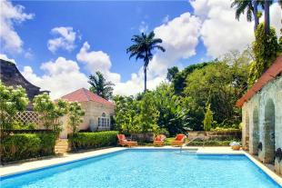 6 bedroom Country House for sale in Porters, St. James...