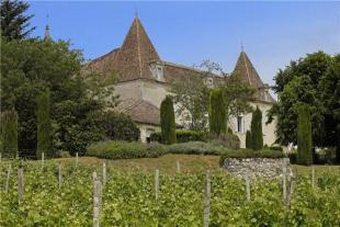 Castillon house for sale