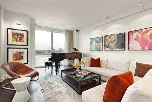 Apartment for sale in Riverside Boulevard...