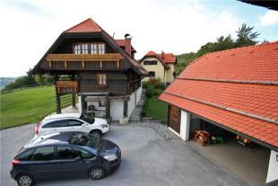 8 bedroom Farm House for sale in La�ko...