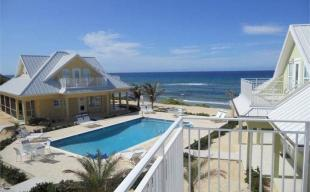 3 bedroom house for sale in Ocean Paradise Cottages...