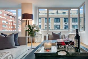 3 bed Apartment in 30 East 85th Street...