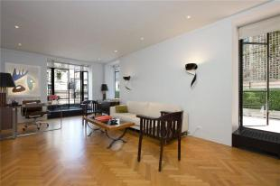 1 bed Apartment in 24 West 55th Street 10B...
