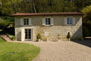 Country House for sale in Rural Location Near Agen...