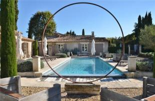 5 bed home in Eygalieres, Alpilles...