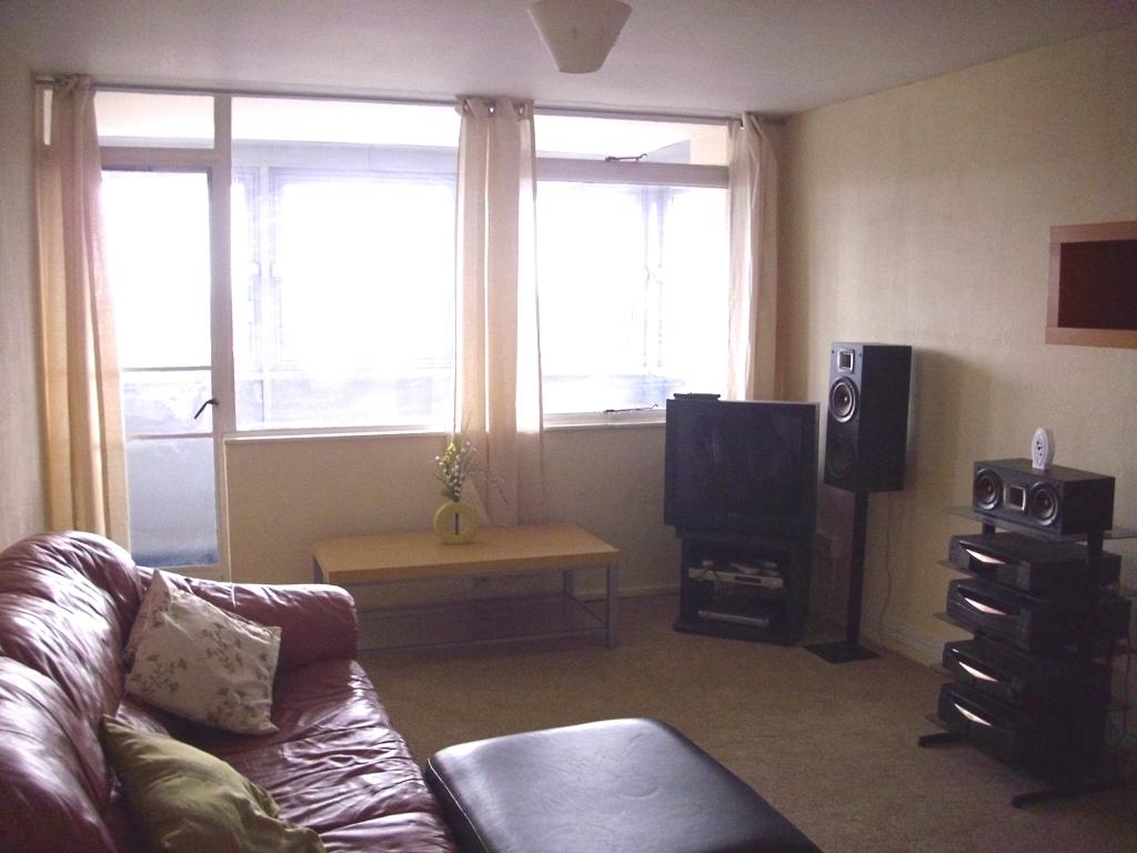 2 Bedroom Flat To Rent In Ottawa Tower Murrell Close Edgbaston Birmingham