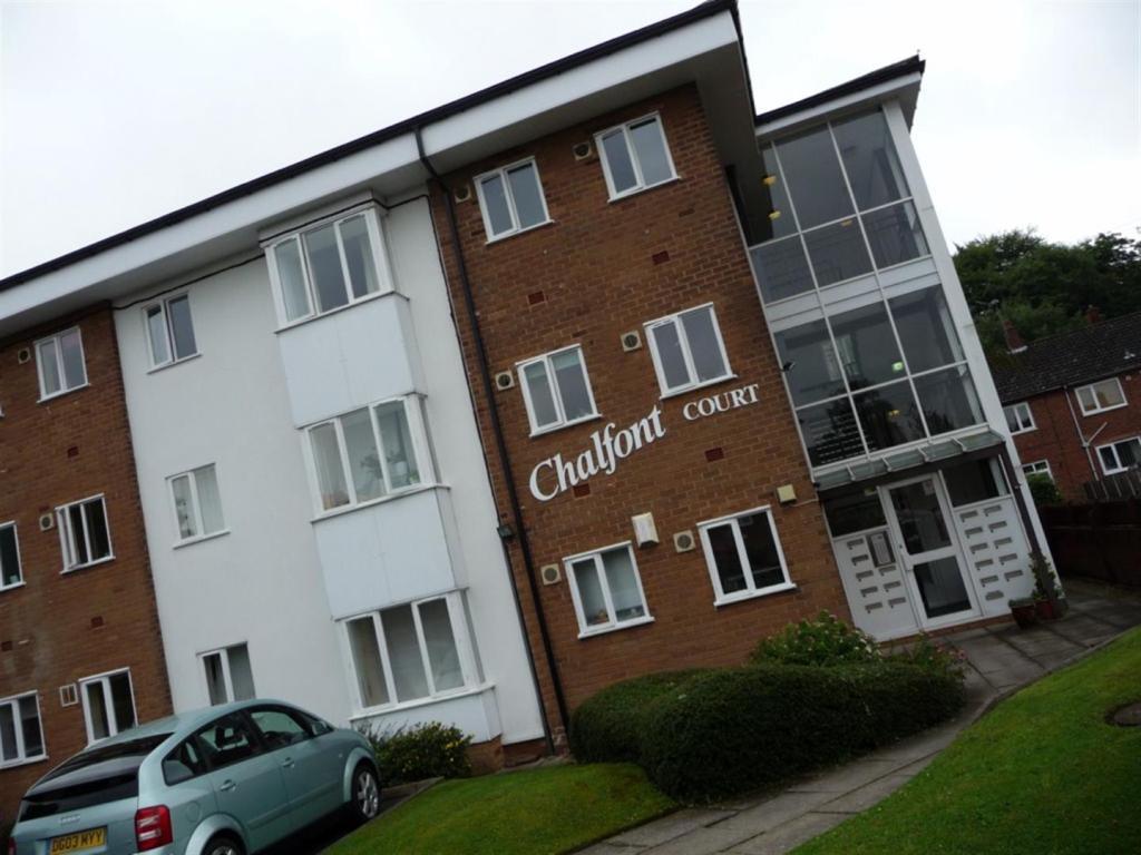 Chalfont Court 010.J