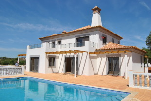 4 bed Detached Villa in Algarve, Moncarapacho