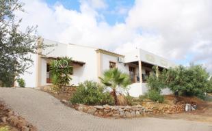 Detached Villa in Algarve, Est�i