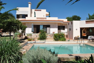3 bed Villa in Algarve, Moncarapacho
