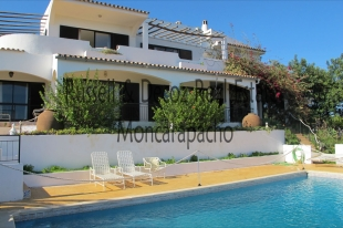 5 bedroom Villa for sale in Algarve, Est�i