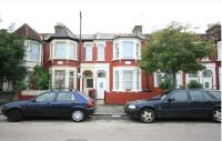 4 bedroom Flat in Sydney Road, London, N8