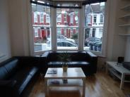 Ground Flat to rent in Frobisher Road, Haringey...