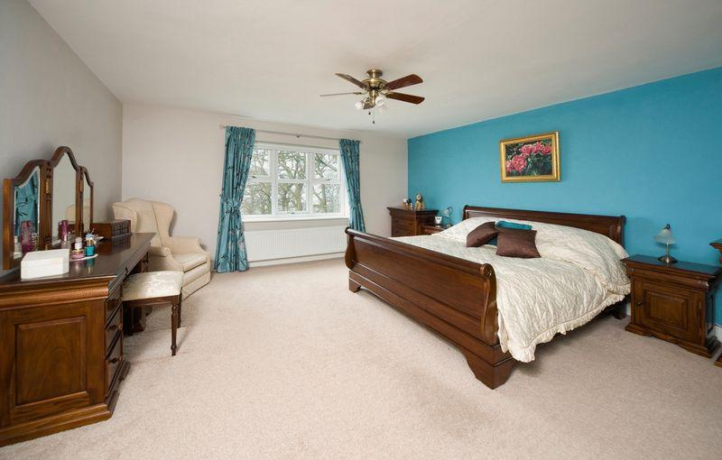 Beige Turquoise Master Bedroom Design Ideas Photos Inspiration Rightmove Home Ideas