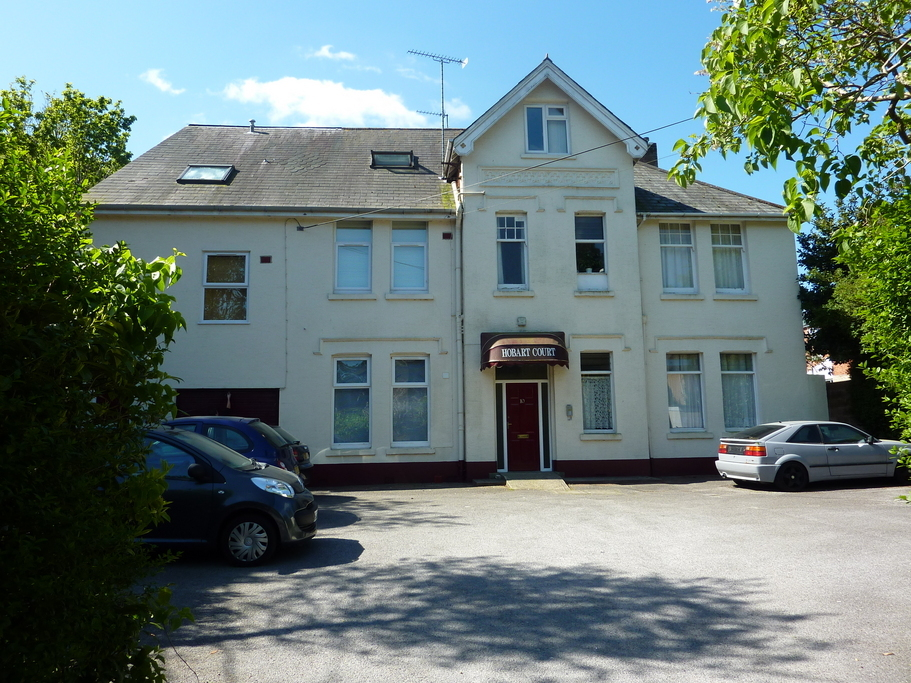 4 bedroom maisonette for sale in surrey road town centre 4 bedroom maisonette