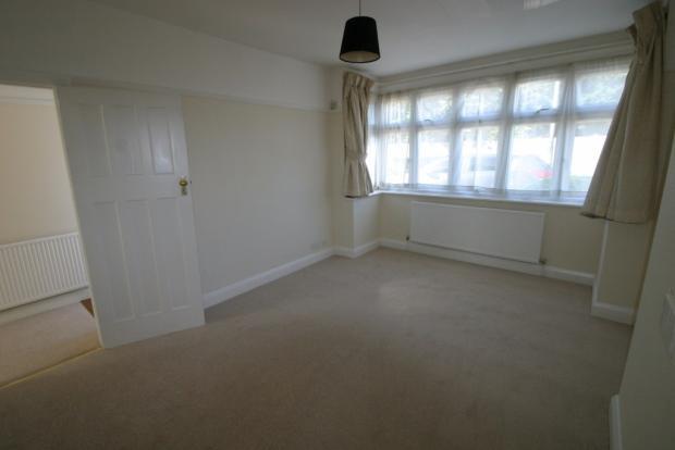 Bedroom No 1 pic 1