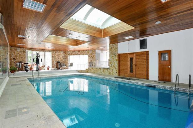 4 Bedroom Detached House For Sale In Ingleby Drive Harrow Ha1