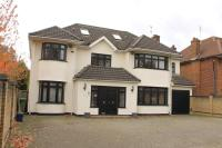 7 bed Detached home for sale in Edgwarebury Lane...
