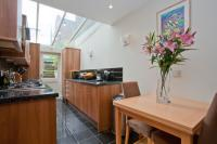 2 bed Flat for sale in Herne Hill Road, London...