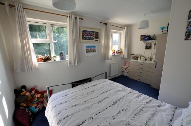 Bedroom 1 main.jpg
