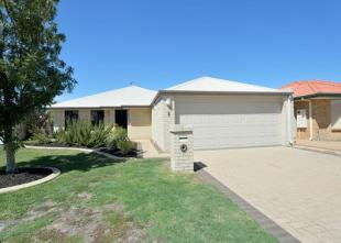 3 bed Terraced house for sale in Waikiki, WA