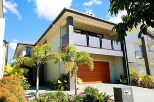 4 bedroom Terraced house in North Lakes, QLD