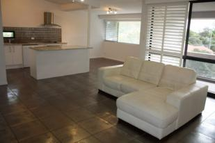 Flat for sale in 12/30 Holland Court...