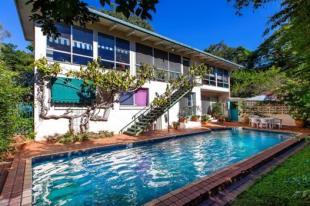 4 bedroom property for sale in 3 Quiet Valley Crescent...