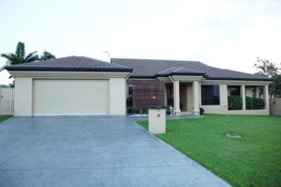 Terraced property in DOUGLAS, QLD