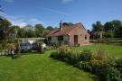 2 bed Detached Bungalow in Coombelands Lane...