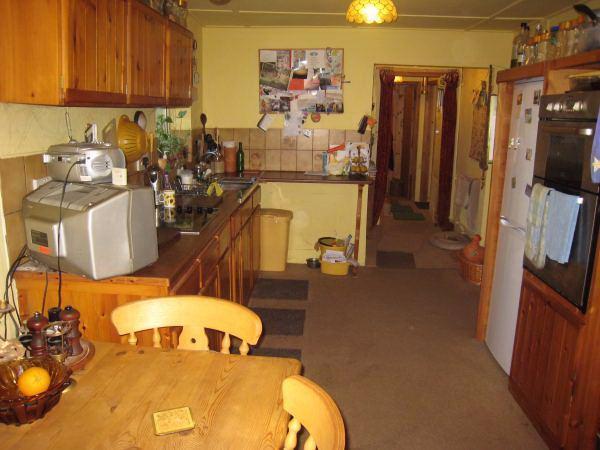 Kitchen main accomm