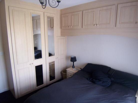 MASTER BEDROOM (FRONT ELEVATION)