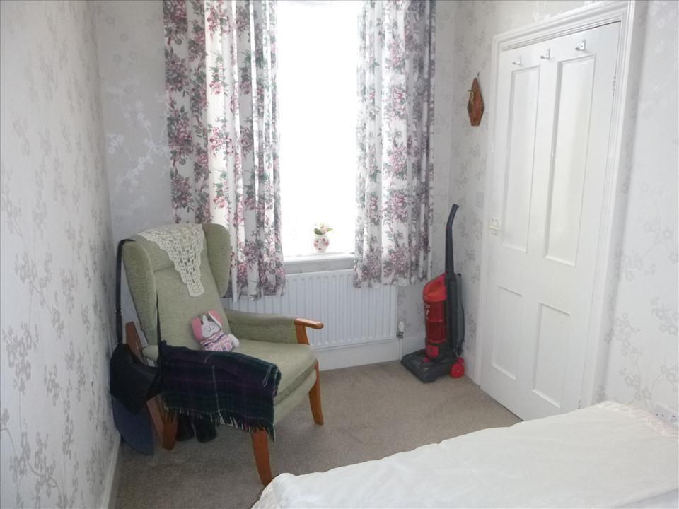 ADDITIONAL BEDROOM PHOTO