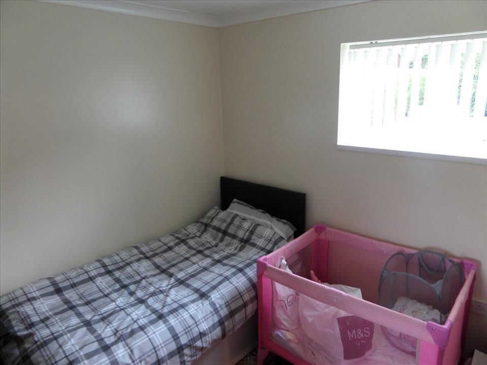 GROUND FLOOR BEDROOM/ADDITIONAL RECEPTION ROOM