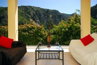 6 bed Villa for sale in Andalusia, M�laga...