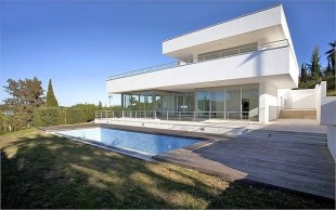 7 bedroom Villa for sale in Andalusia, C�diz...