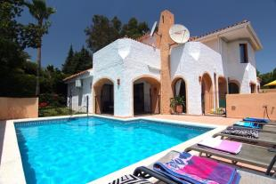 4 bed Villa for sale in Andalusia, M�laga...