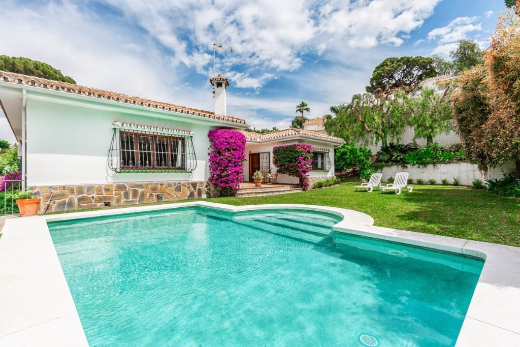 Villa for sale in Marbella, Málaga...