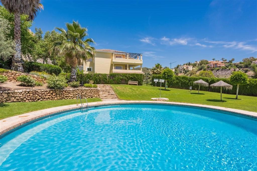 3 bed Apartment for sale in Marbella, Málaga...