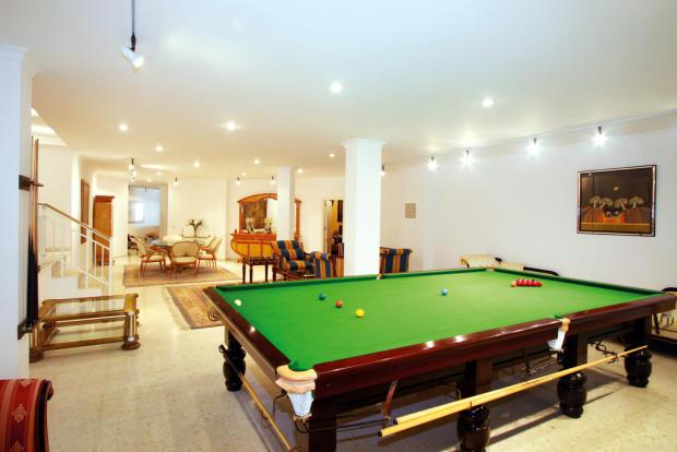Billiard room