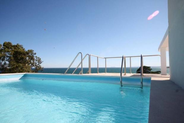 Pool private