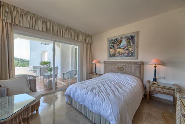 Bedroom 1 side