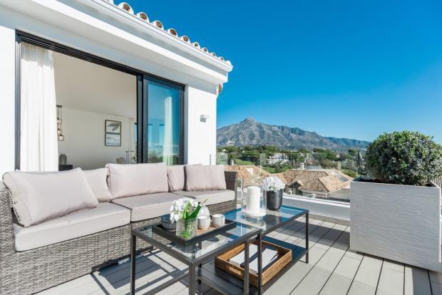 Upstair terrace