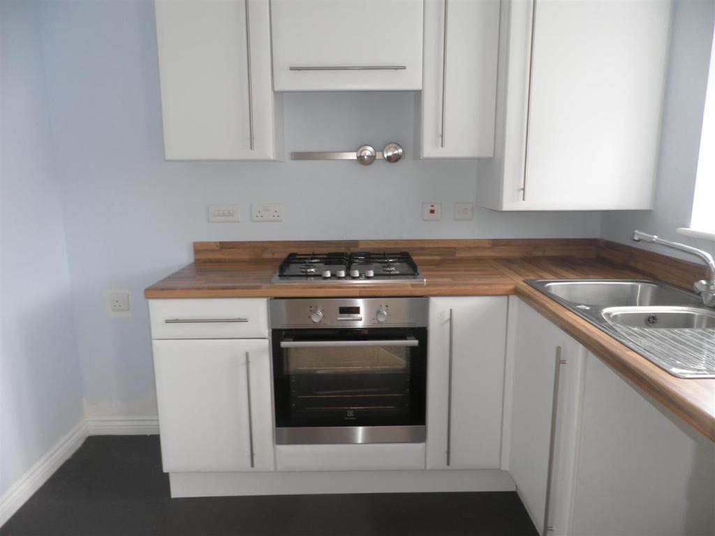 18 Calder Kitchen RE